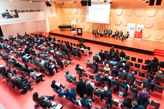 Podiumsdiskussion auf dem Stuttgarter Medienkongress 2015